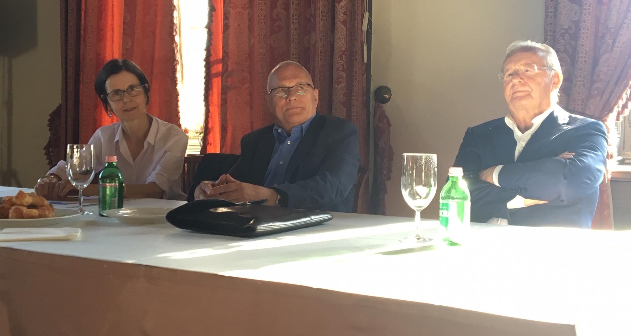 Mme Pascale Adreani, Balázs Péter és Madarász László kerekasztal-beszélgetése az uniós választások, következményeiről, hatásairól
